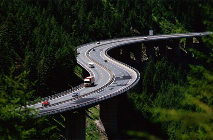 Cum se finanţează o autostradă?
