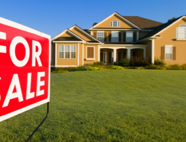 Contract de vânzare-cumpărare. Cine plăteşte defecţiunile bunului cumpărat?
