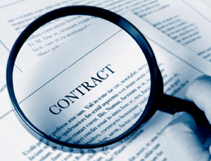 Ce controlezi inainte de a semna un contract?
