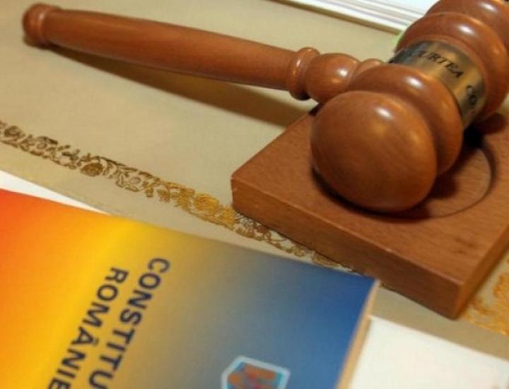 Articolele privind controlul judiciar – neconstituționale