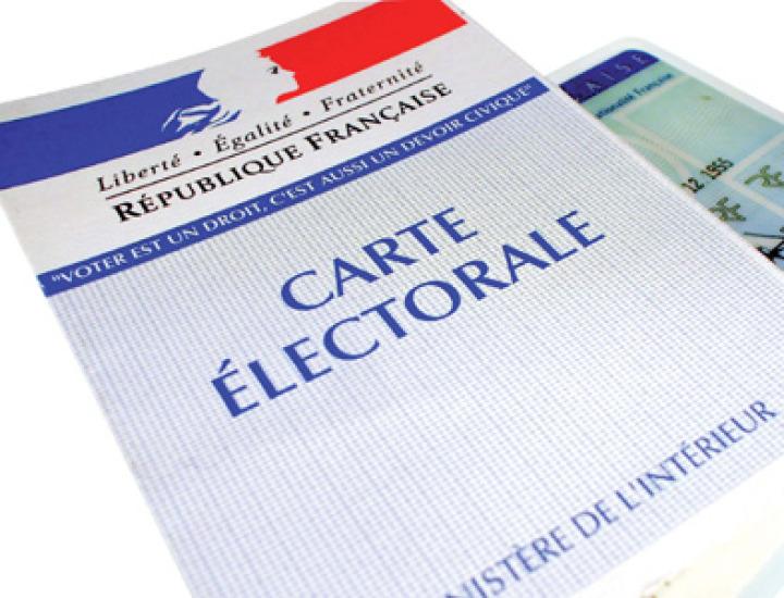 Organizarea alegerilor în străinătate, experienţa franceză