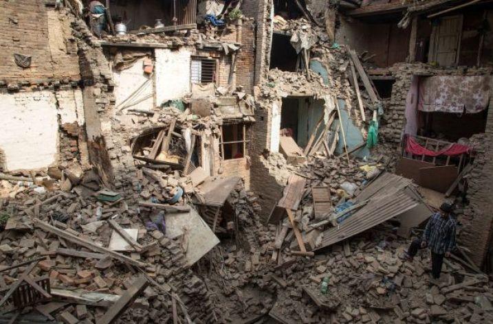 MAE atenţionează turiştii – stare de urgenţă în Nepal