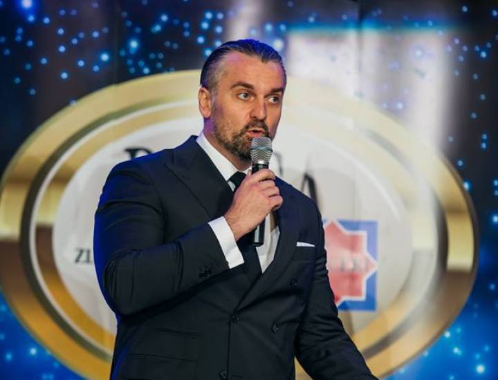 Interviu cu Cezar Ionașcu, avocatul care a înlocuit profesia cu consultanța vestimentară – II